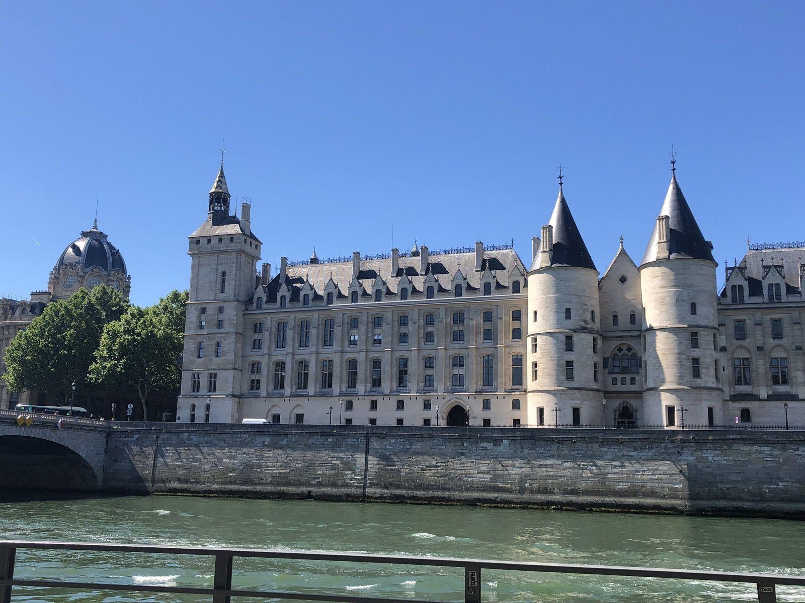 Promenade sur les bords de Seine, Juin 2019.