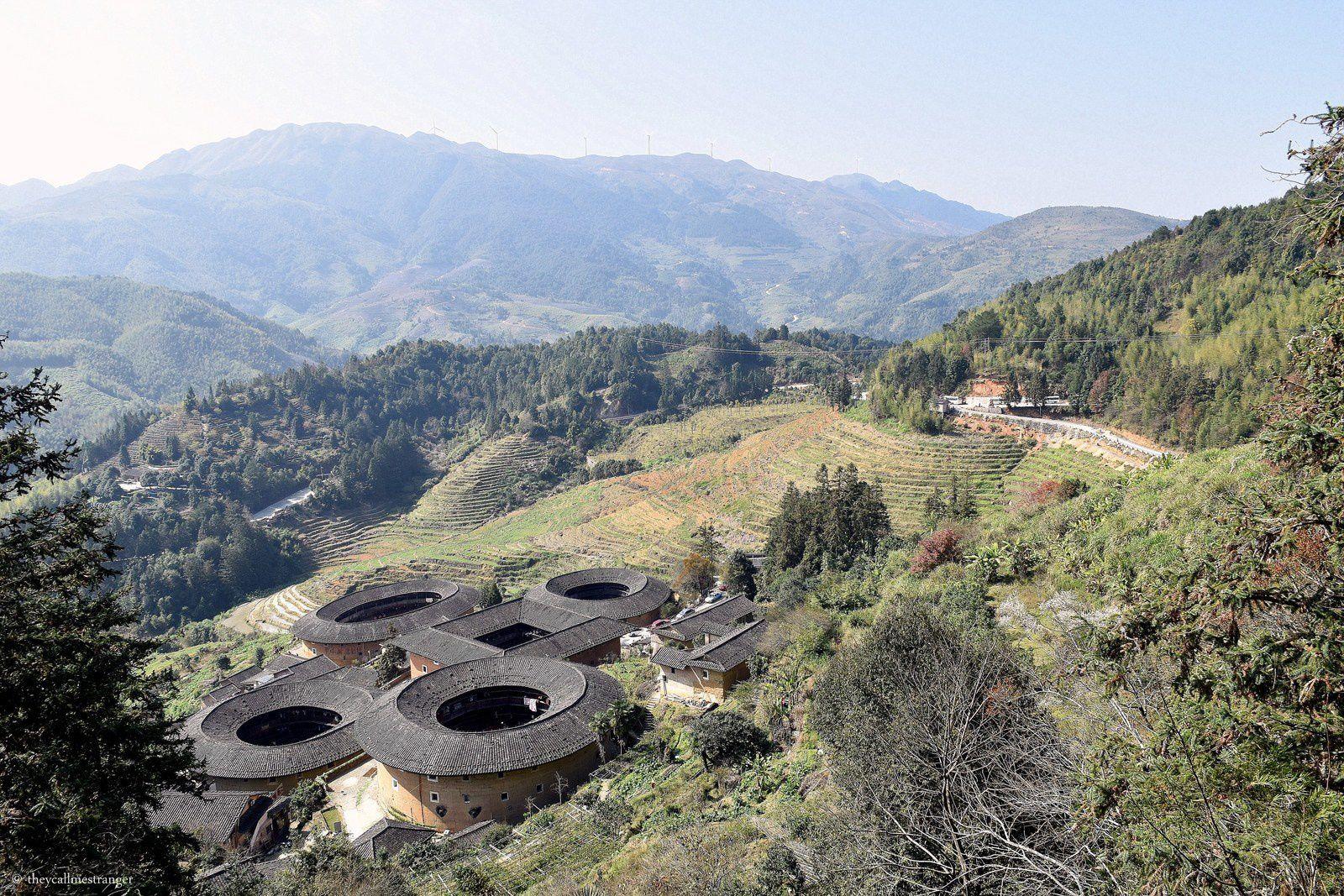 Les Tulou de la province du Fujian : grandes maisons rondes et forteresses hakkas