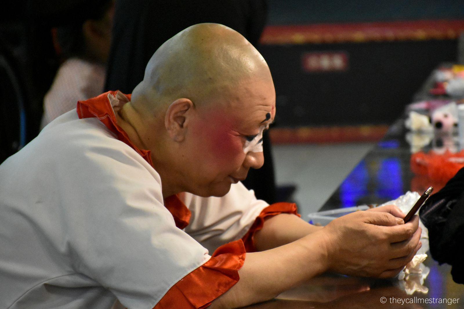 Chengdu 成都 : La maison de thé Shufengyayun 蜀风雅韵 et les coulisses de l'opéra du Sichuan