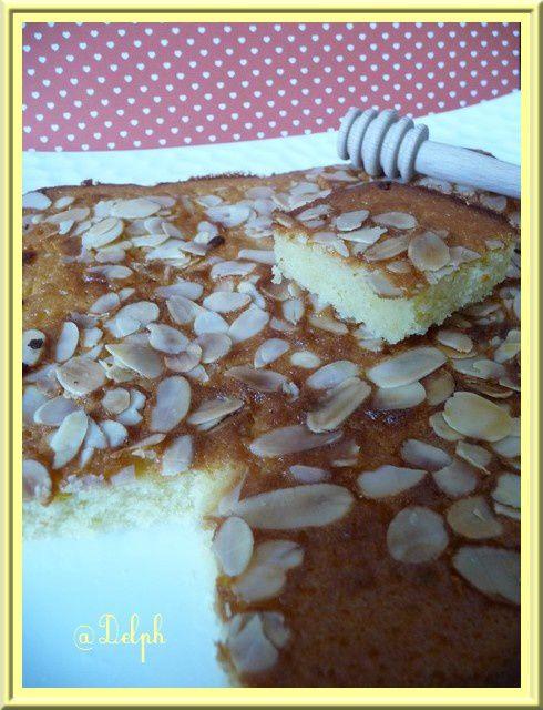 Cake au miel et aux amandes