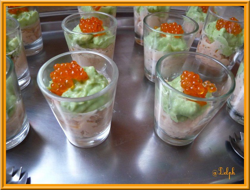 Verrine mousse d'avocat saumon