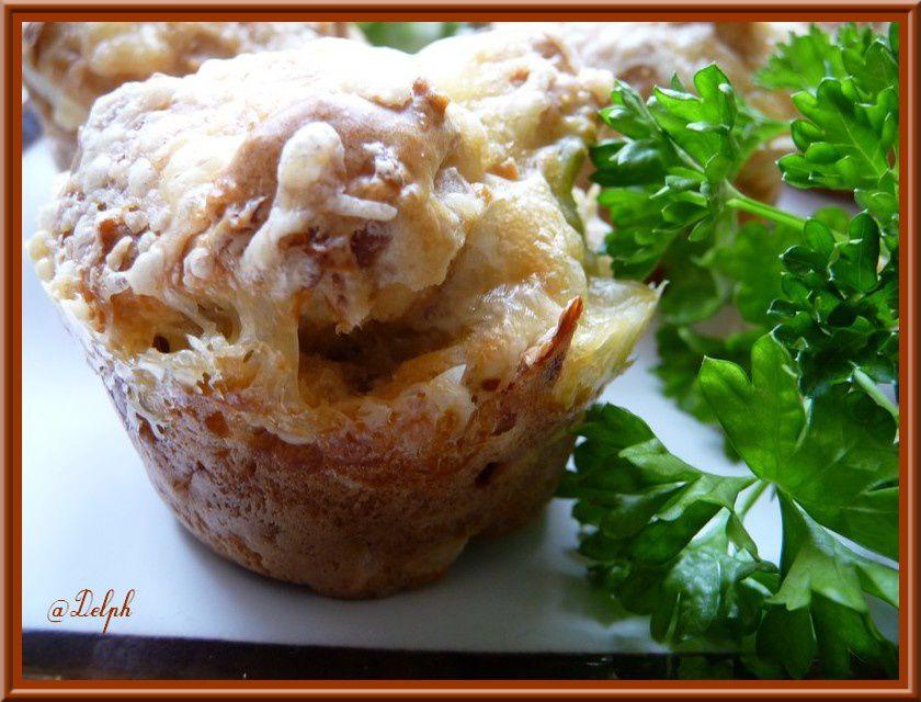 Muffins poulet-paprika et coque de Comté.