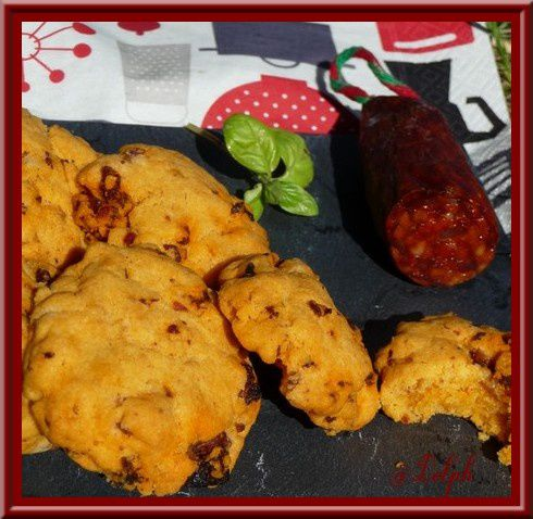 Cookies au chorizo, parmesan et basilic