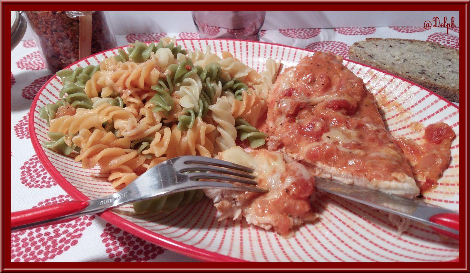Escalopes de dinde gratinées à la tomate