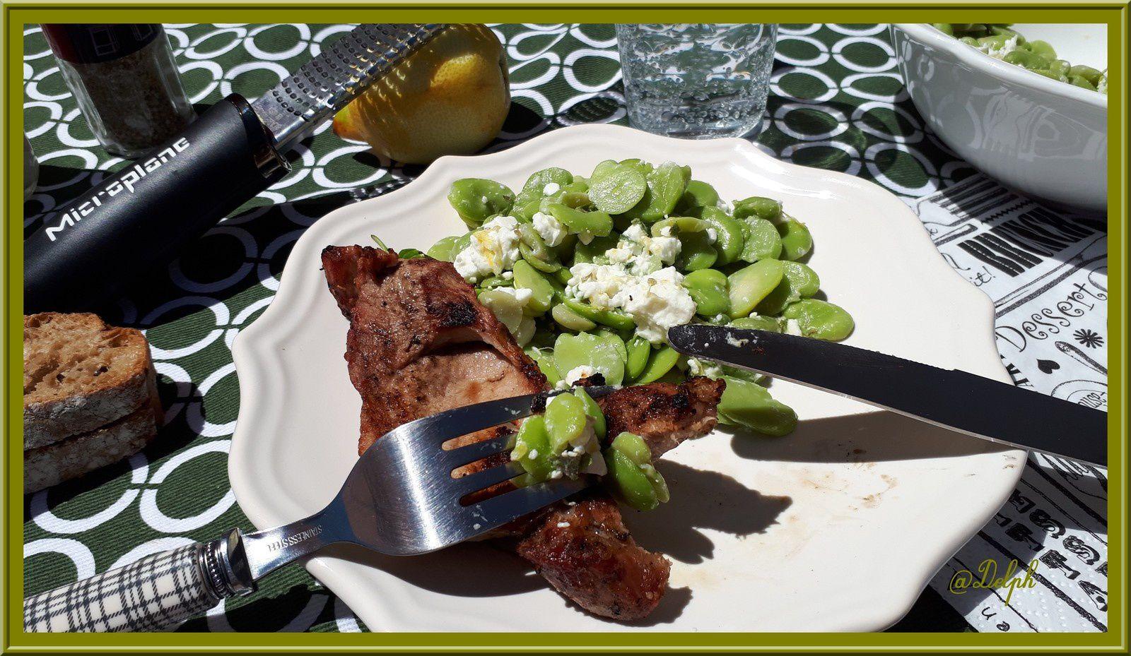 Côtes de Porc et salade de fèves