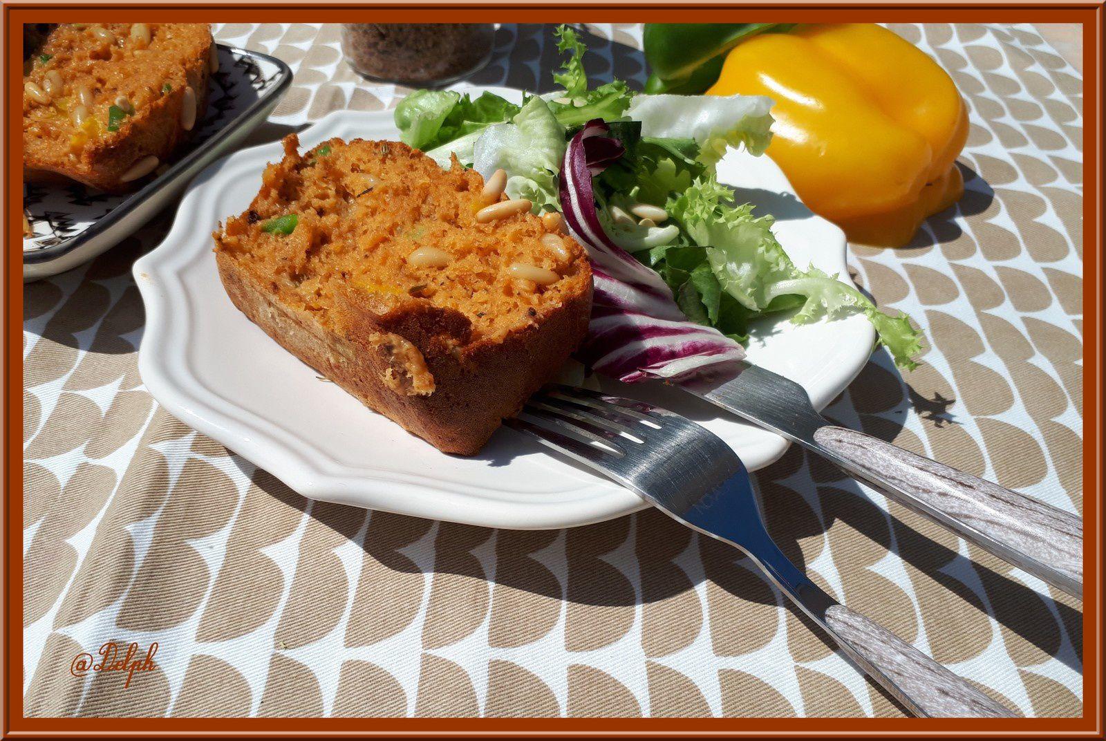 Cake aux poivrons et thon  à la tomate