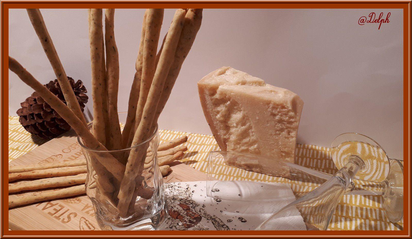 Gressins au parmesan, thym et basilic