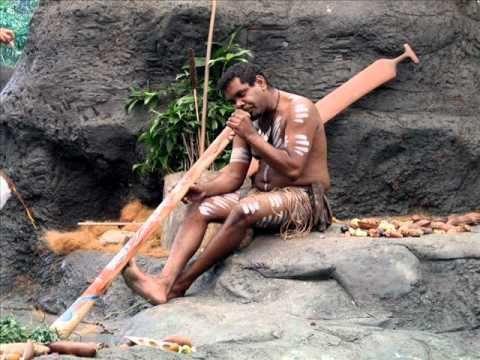 Joueur aborigène de Dideridoo: Spirit of Meditation - Native Didgeridoo. cliquez sur l'image pour accéder à la vidéo.