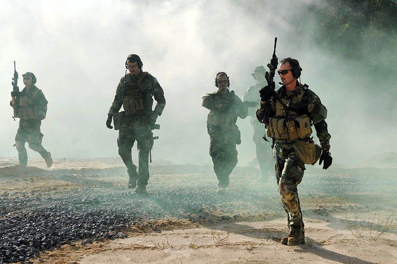 """Paul Craig Roberts : La fabrique de la dissidence et de la """"guerre contre le terrorisme"""" aux Etats-Unis"""