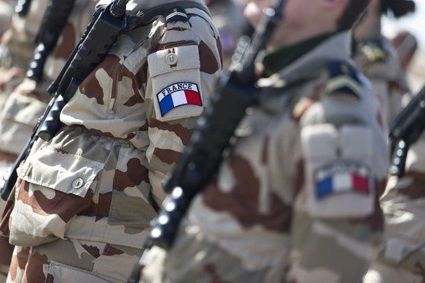 Francophonie : la langue des armes (BdA)
