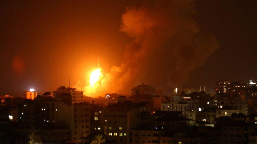 L'armée israélienne attaque des cibles à Gaza à la suite d'une nouvelle attaque de roquettes par des combattants palestiniens (Southfront)