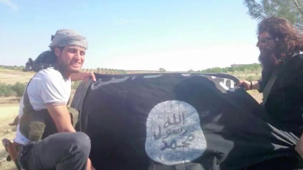 """""""Le Monde"""" fait l'apologie d'un djihadiste ayant soutenu Al Qaïda et l'EI"""