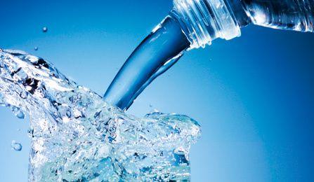 Tout savoir sur l'eau que vous consommez ou que vous devriez consommer