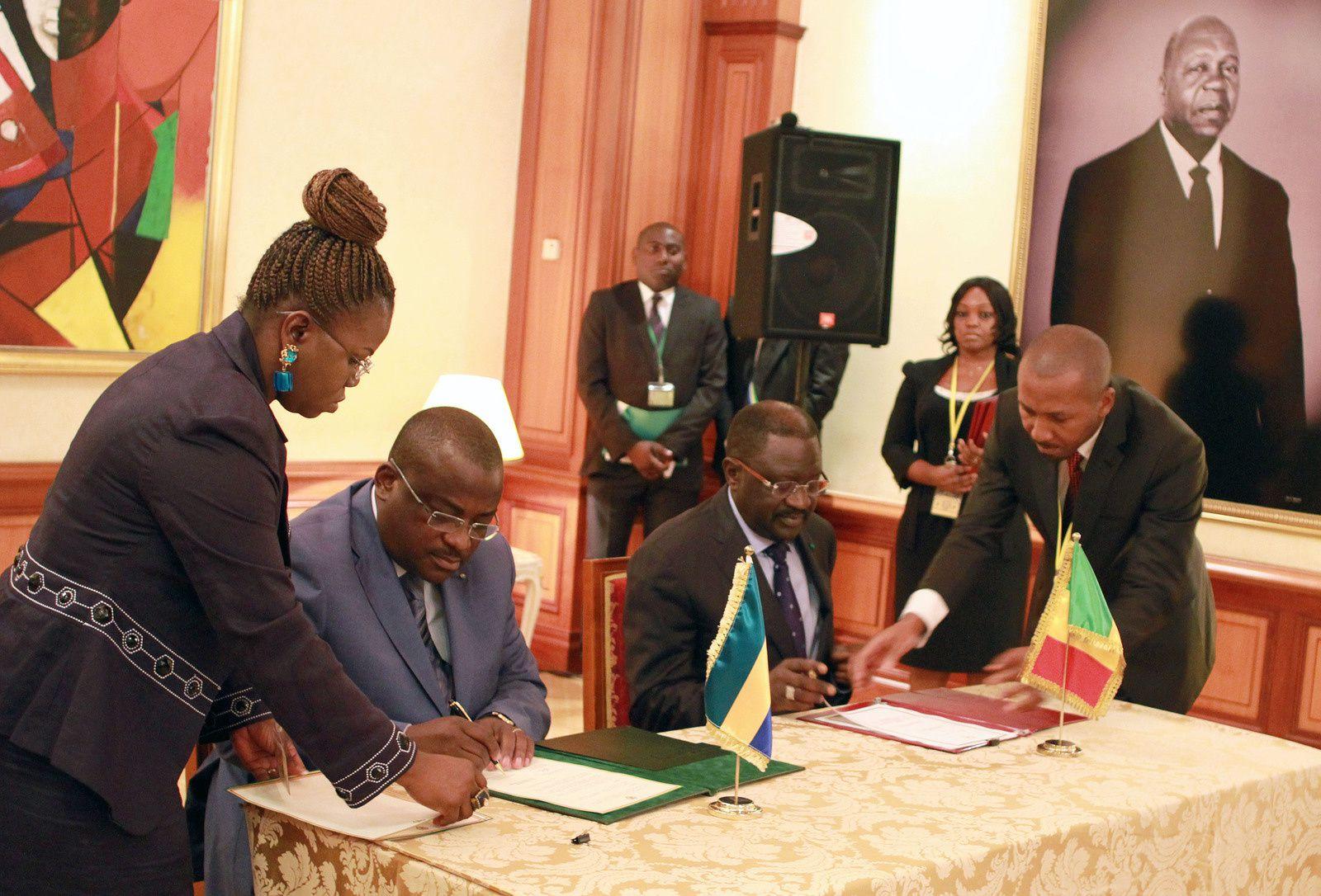 Fin de la visite de travail et d'amitié du Président Macky Sall au Gabon: Communiqué conjoint