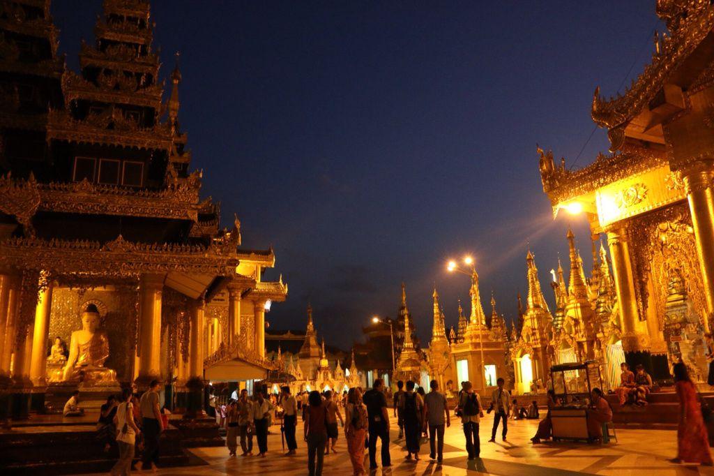Jour 3, première série sur la pagode Shwedagon à Yangon