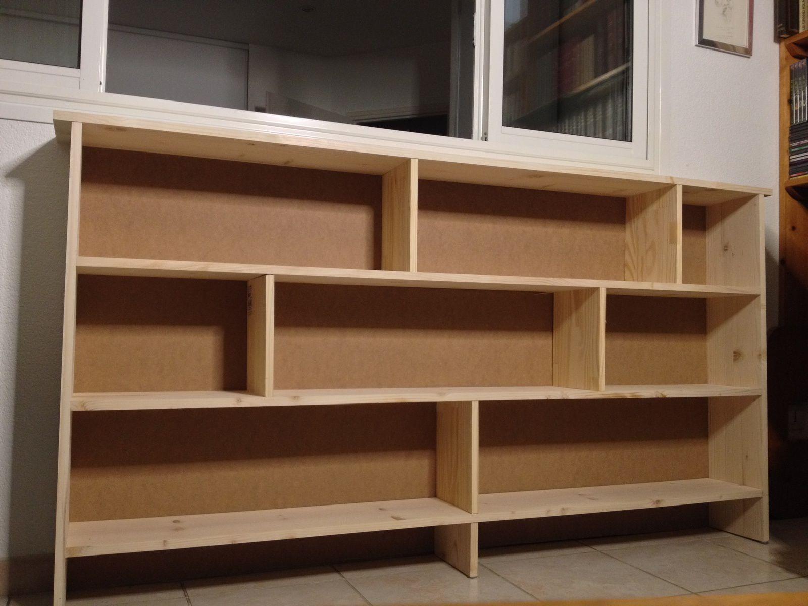 Nouvelle bibliothèque pensée et réalisée par l'ange de l'Atelier de la Conque