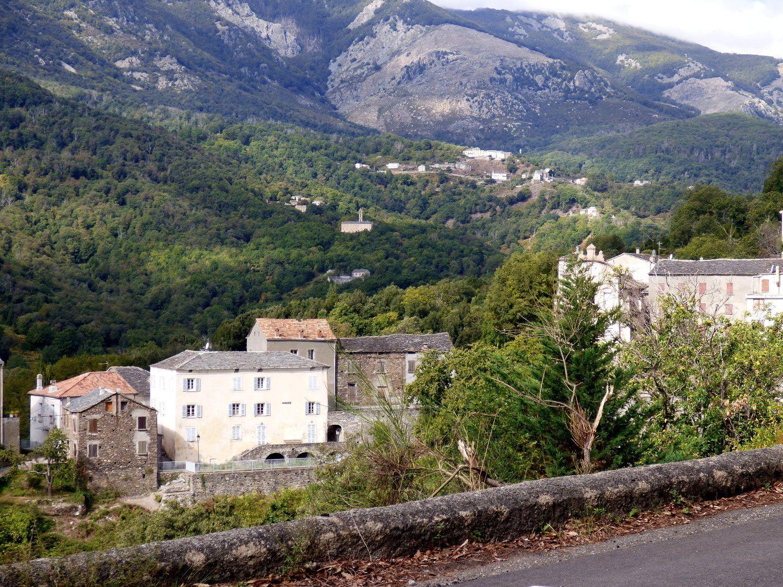 Tours et détours en Castagniccia