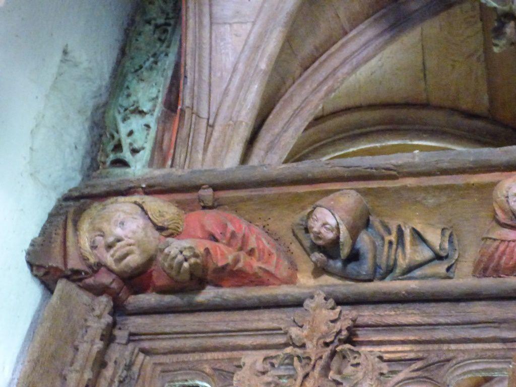 Sur la sablière de la cloture, est évoquée la vie de Saint Martin