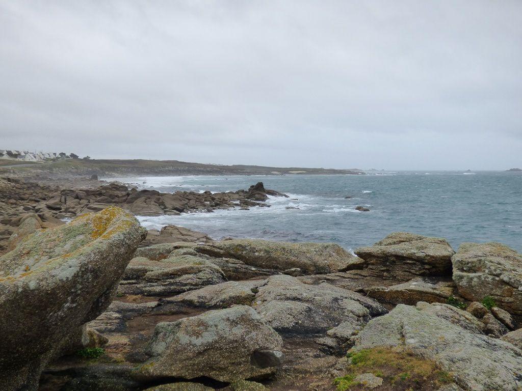 Du gris ardoise au bleu azur entre la pointe du Cleguer et Porstévigné