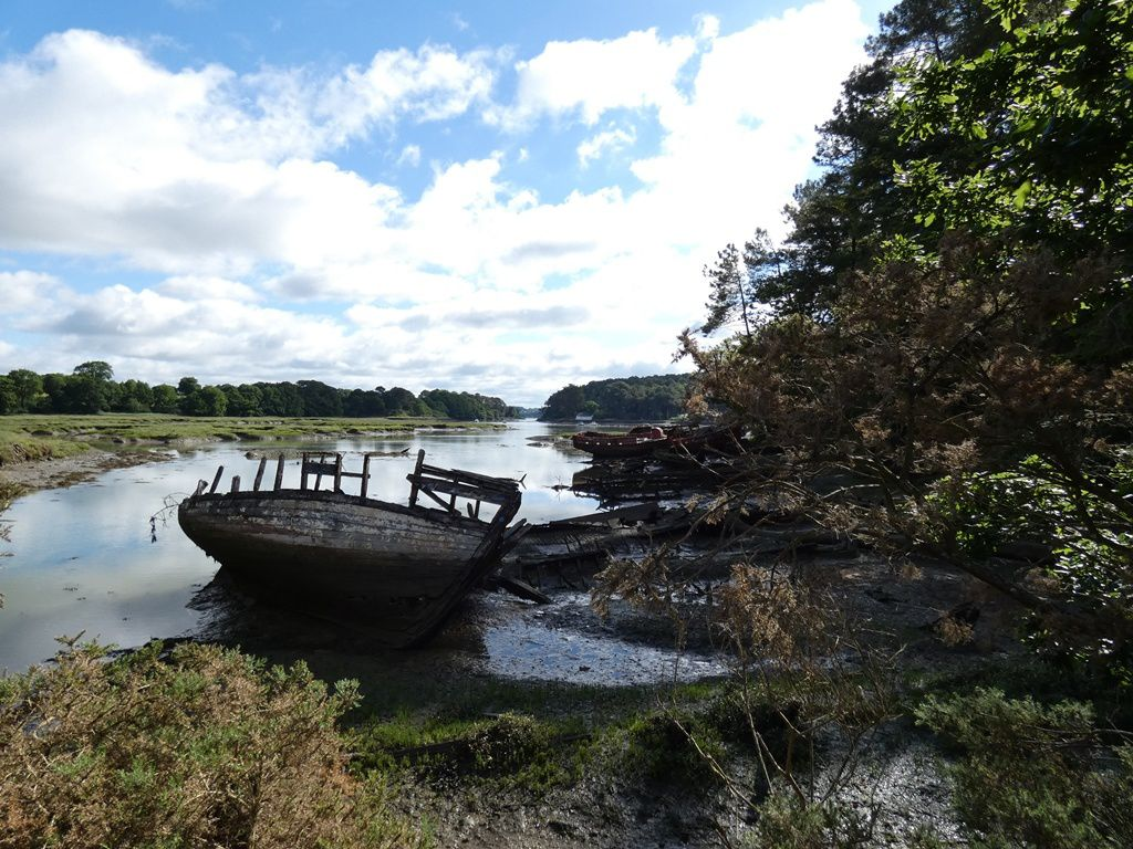 De Baden à la rivière du Bono par le sentier côtier