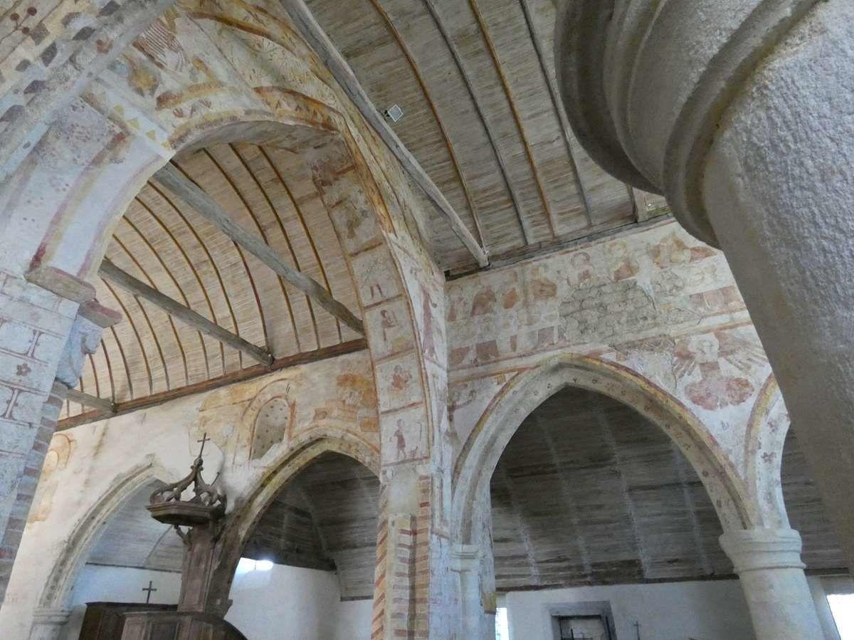 Les fresques de Saint Gobrien à Morieux
