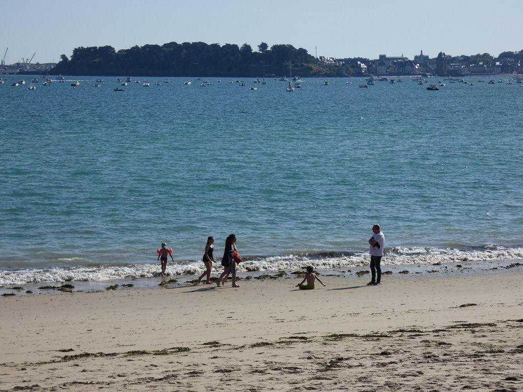 De la plage du Prieuré à la plage de l'Ecluse