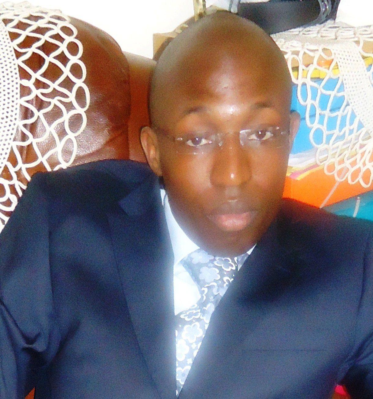La Ligue des Masses:      Les Sénégalais complètement au bout du rouleau (communiqué )