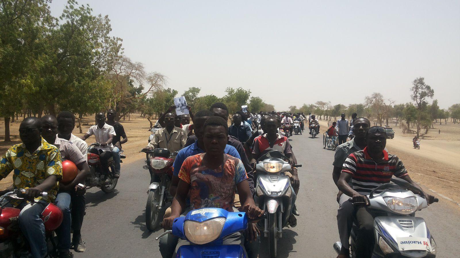 Exclusivité: démonstration de forces des étudiants tchadiens face aux forces de l'ordre