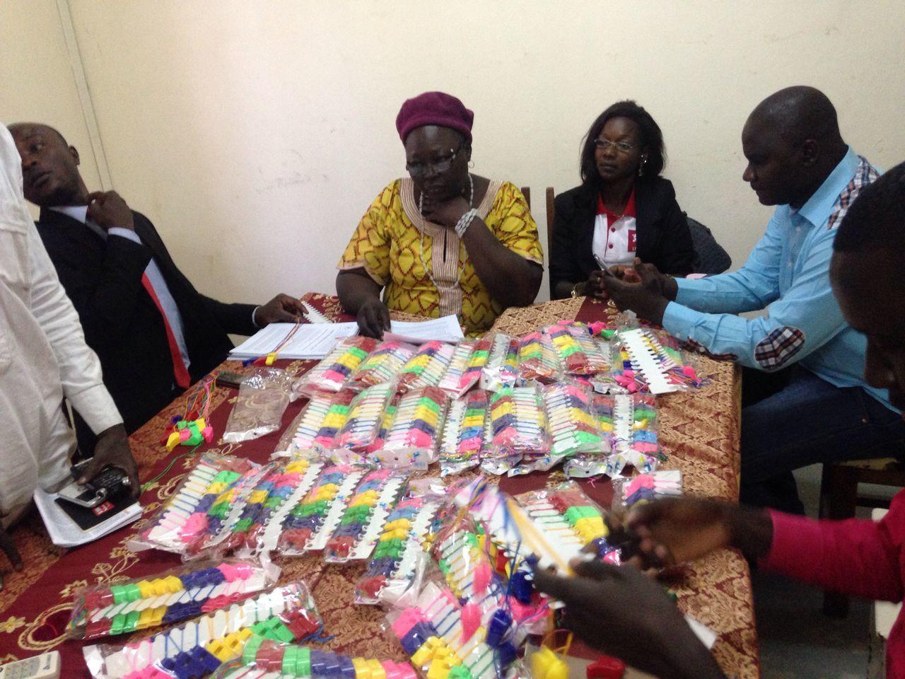 La coalition Trop c'est Trop lance au Tchad  l'opération « Appel au sifflet citoyen, klaxon et tintamarre de marmite ! »
