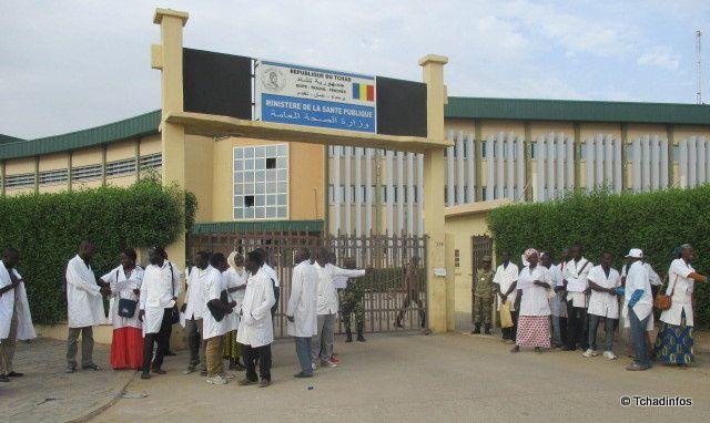Des élèves de l'ENASS sanctionnés au Tchad: Voici la lettre adressée du SYNTASST à Mme la  Ministre de la Santé Publique