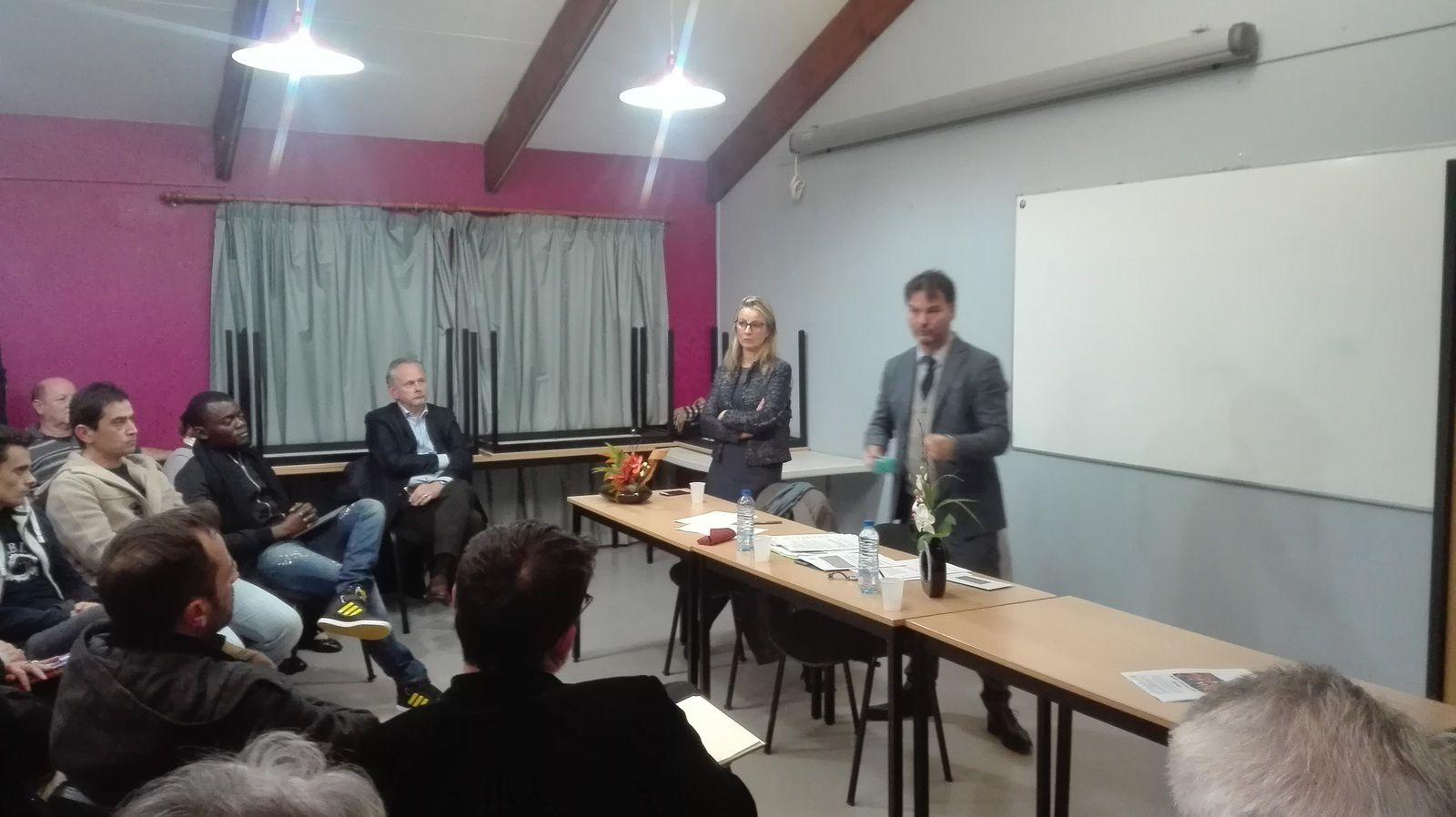 Saint-Ouen l'Aumône: le député LREM, du Val d'Oise Guillaume Vuilletet à la rencontre de ses électeurs