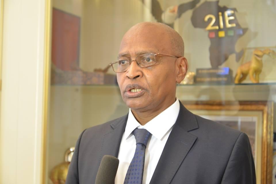 Audience avec Acheikh Ibni Oumar au Tchad: que faut-il retenir d'Idriss Deby et Hinda qui réussissent à séduire ?