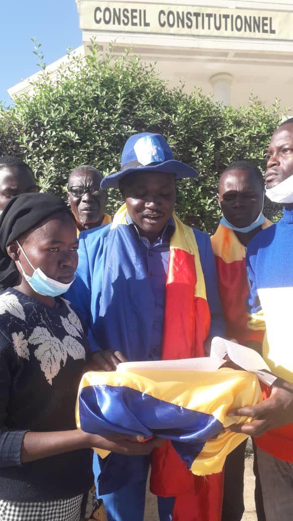 Tchad: Idriss Deby interpellé par la coalition M12
