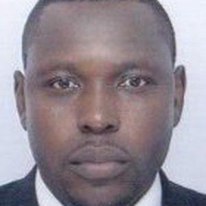 Voici comment le Journaliste Moussaye Avenir a fait chanter HOULÉ DJONKAMLA