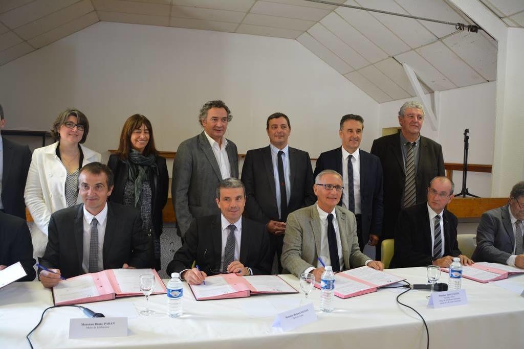 visite de l'entreprise Matière et des élus avec un autre ministre
