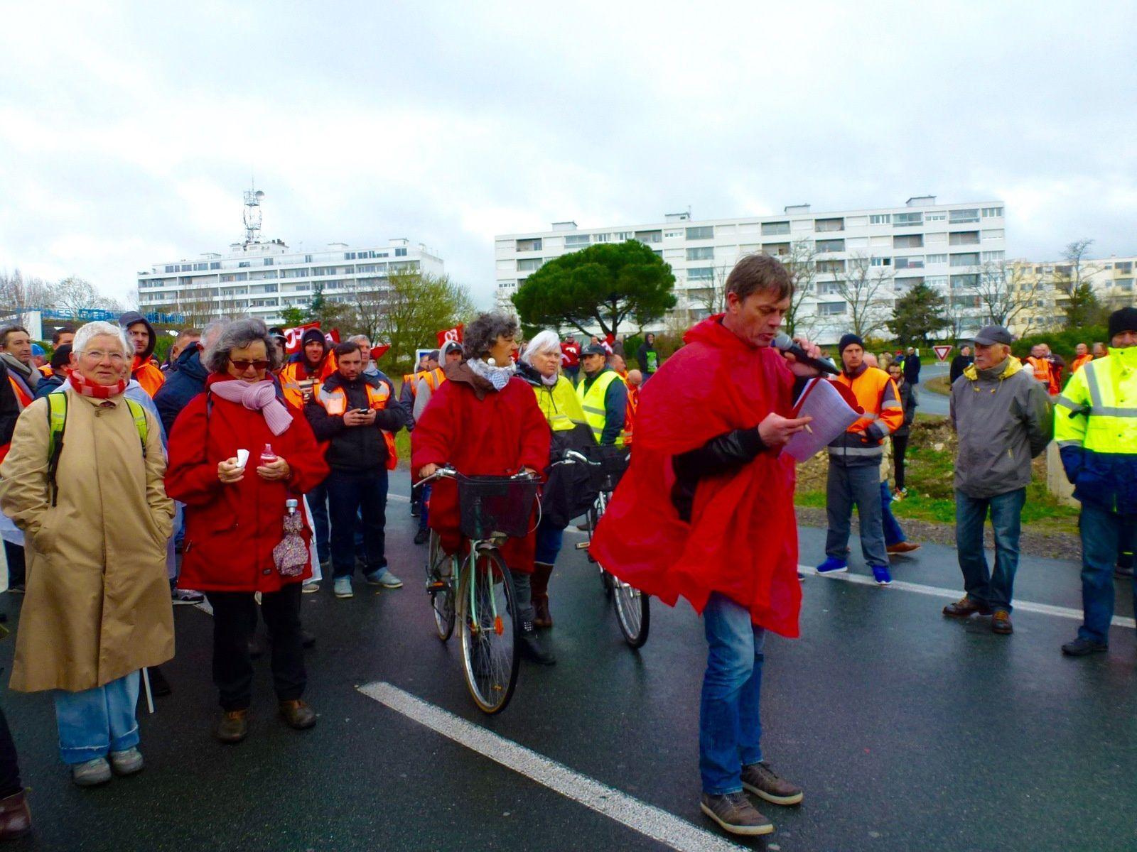Manif  à La Rochelle contre la loi El Khomri
