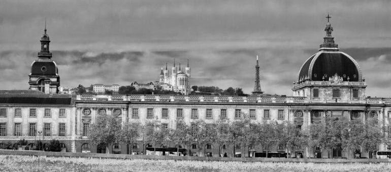 Hôtel-Dieu de Lyon: découverte et histoire