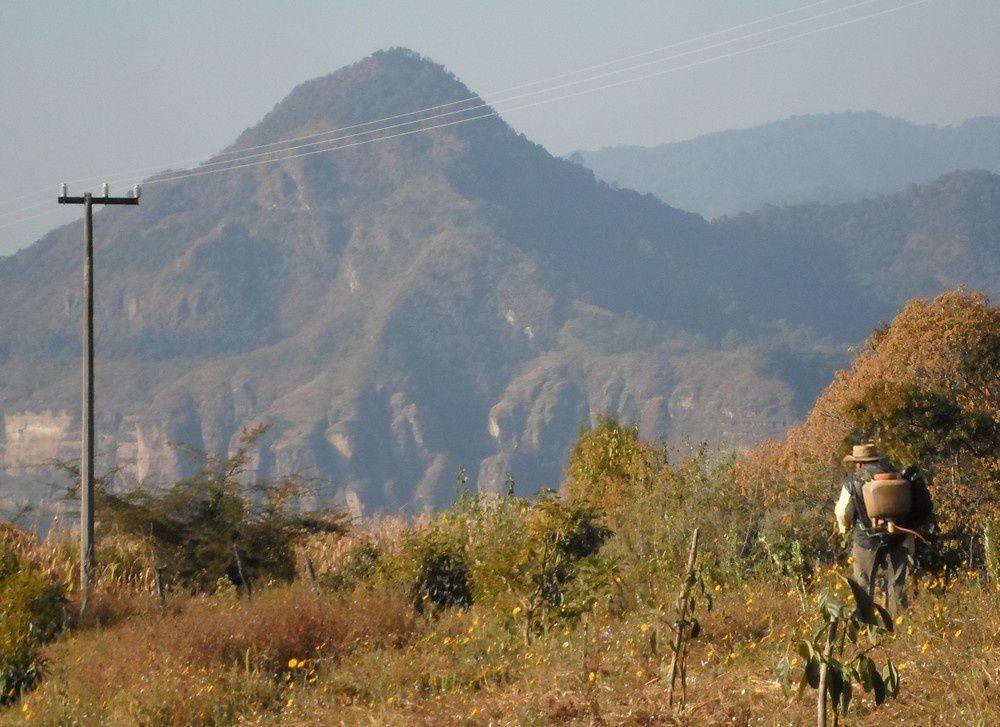 La montagne proche de Tlatempa, vers Ahuatenco