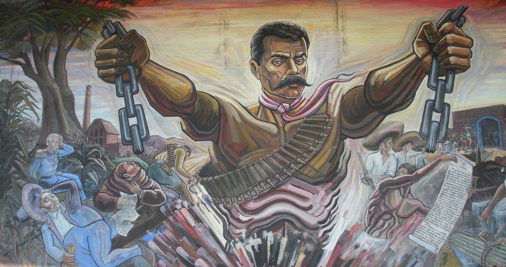 La fresque de la bibliothèque du 17 avril et un détail de l'oeuvre consacrée à Zapata dans son village natal.