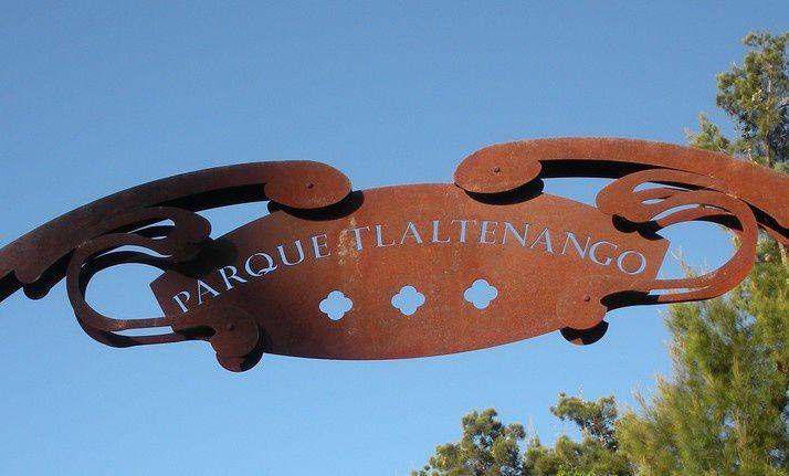 Nombre d'activités, résumées sur un calicot, sont accessibles au public dans le parc