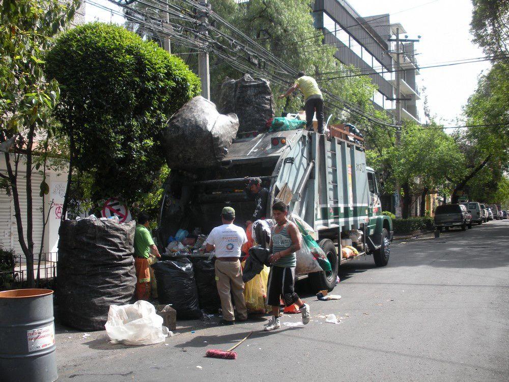 Une longue balade pédestre (1) dans les rues de Mexico, une des plus grandes villes du Monde