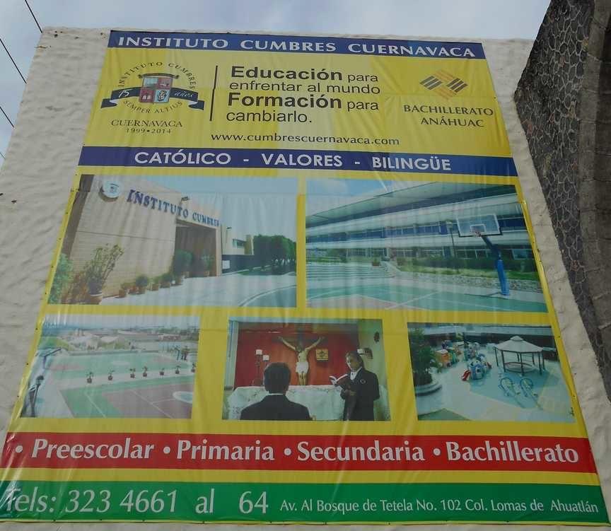 Pleins d'enseignements, forcément, les panneaux de publicité pour les écoles