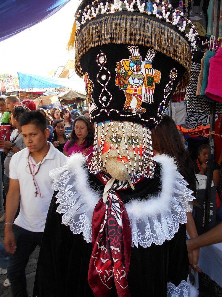 Le fantastique rassemblement des Chinelos au carnaval de Tepoztlán