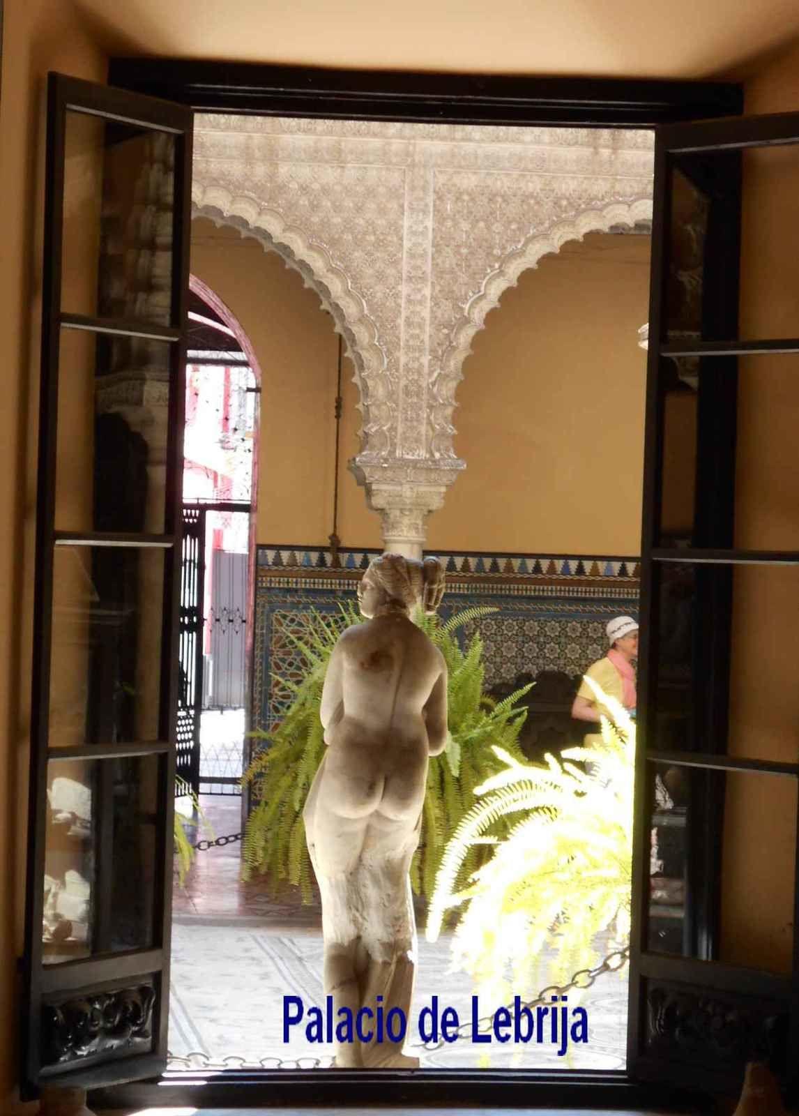 Attachante Séville dont le centre historique est un musée à ciel ouvert sous le soleil andalou