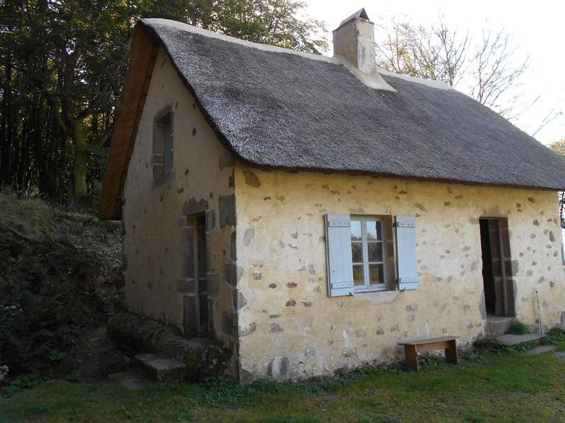 A la mémoire de Bulliot, le découvreur de Bibracte au mont Beuvray