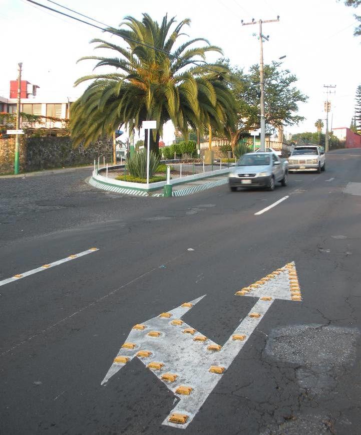 Après les « topes », des clous pour améliorer la sécurité urbaine