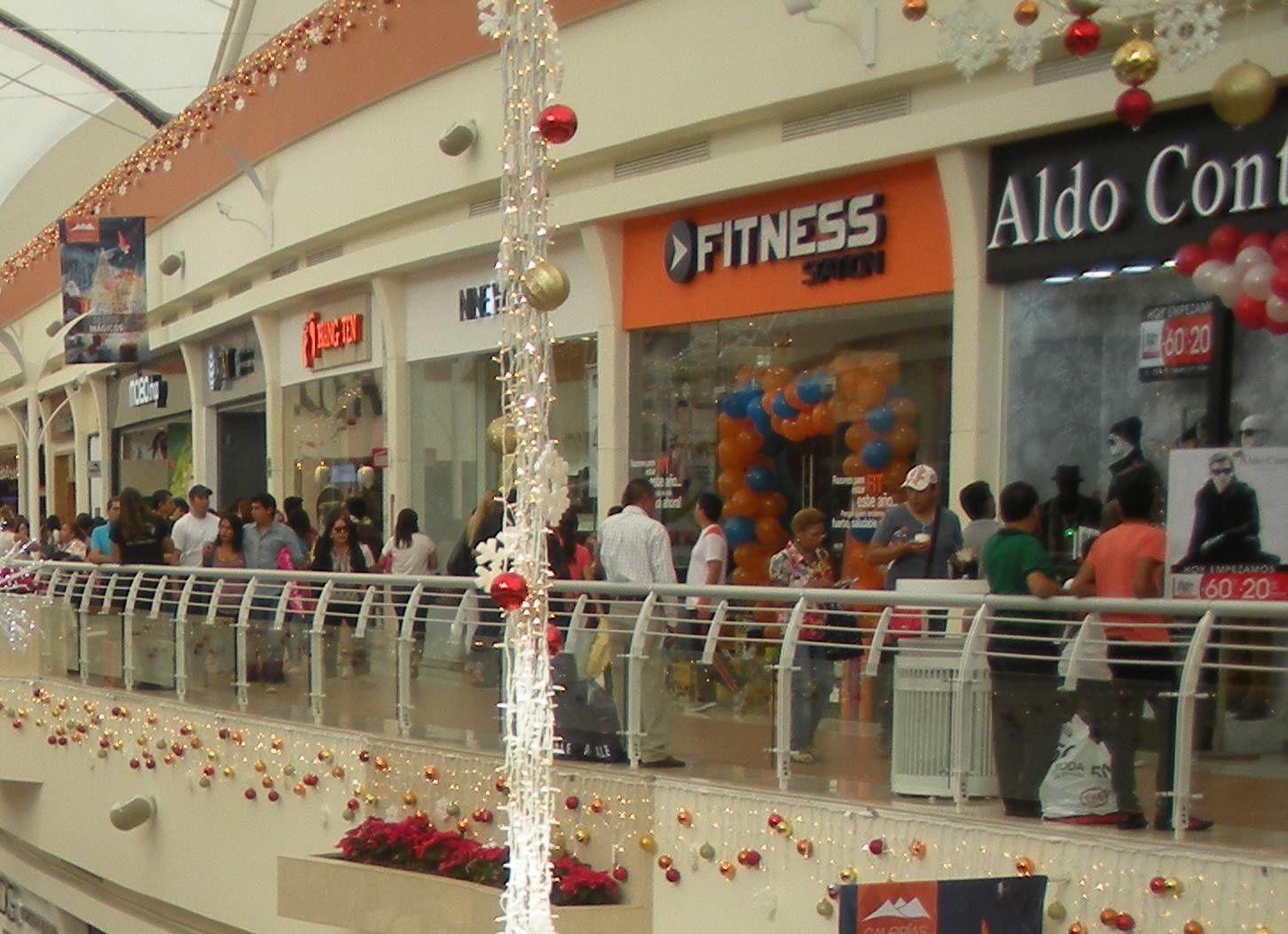 Au Mexique, dans les marchés, modernes ou non, c'est déjà Noël