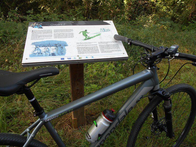 Voie verte d'Epinac: sur l'ancien chemin de fer, un bizarre terminus!