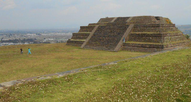 ZONE ARCHÉOLOGIQUE DE TEOTENANGO, Mille ans d' histoire sur la colline de pierres