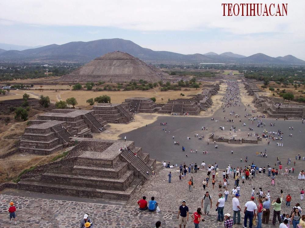 Vestiges précolombiens au Mexique: les civilisations racontées dans des livres de pierre